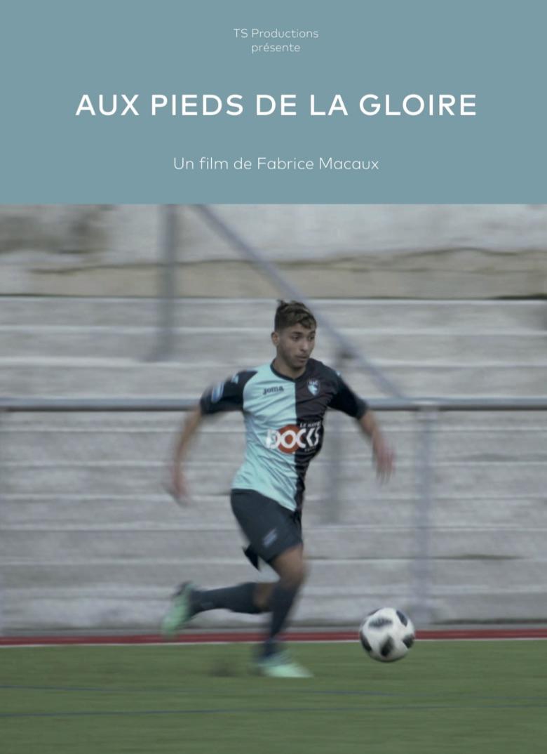 Aux pieds de la gloire - Fabrice Macaux